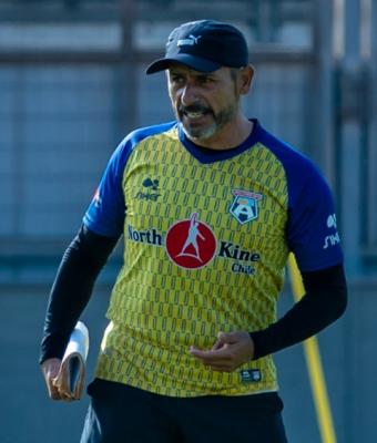 DT Hernán Peña